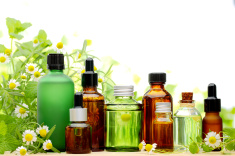 Getting to know Reydiant Products Part 3: The differences between carrier oils and essential oils
